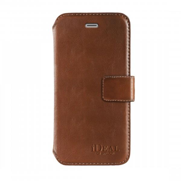 iDeal of Sweden iPhone 8 / 7 / 6S/ 6 STHLM Wallet Brown